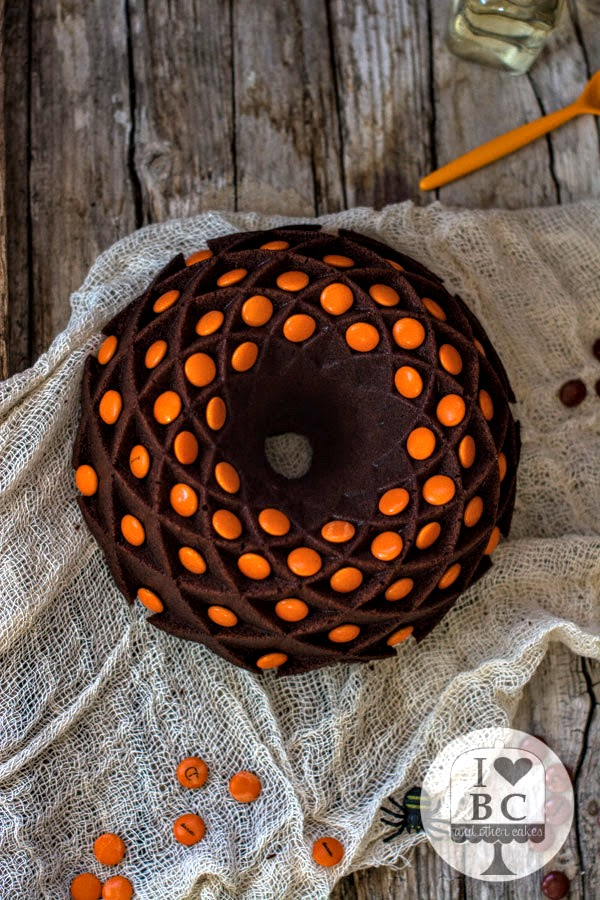 Bundt Cake de chocolate con Lacasitos