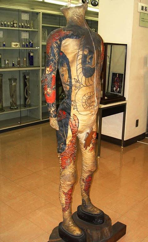 Masaichi Fukushi, o colecionador de pele tatuada