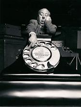 """Photo: O telefone feito em grande escala para a cena do plano detalhe de """"Disque M para Matar"""""""