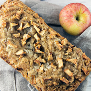 Apple Bread with Cinnamon Crumble.