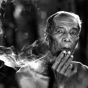 PaPa Soh by R'zlley TheShoots - People Portraits of Men ( senior citizen, portrait )