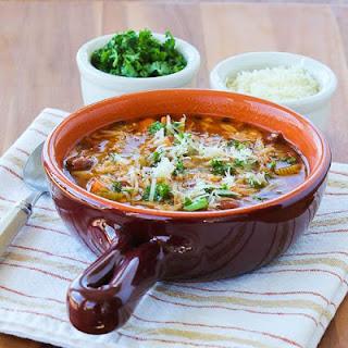 Slow Cooker Vegetarian Pasta e Fagioli Soup Recipe with Whole Wheat Orzo.