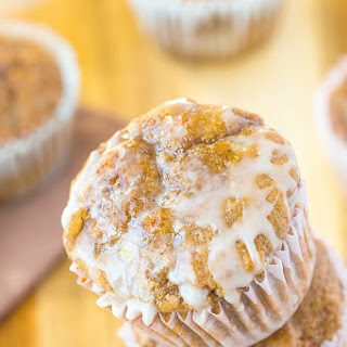 Healthy Flourless Sticky Cinnamon Bun Muffins.
