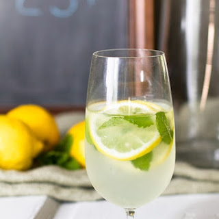 Lemonade with Fresh Mint by the Glass Recipe