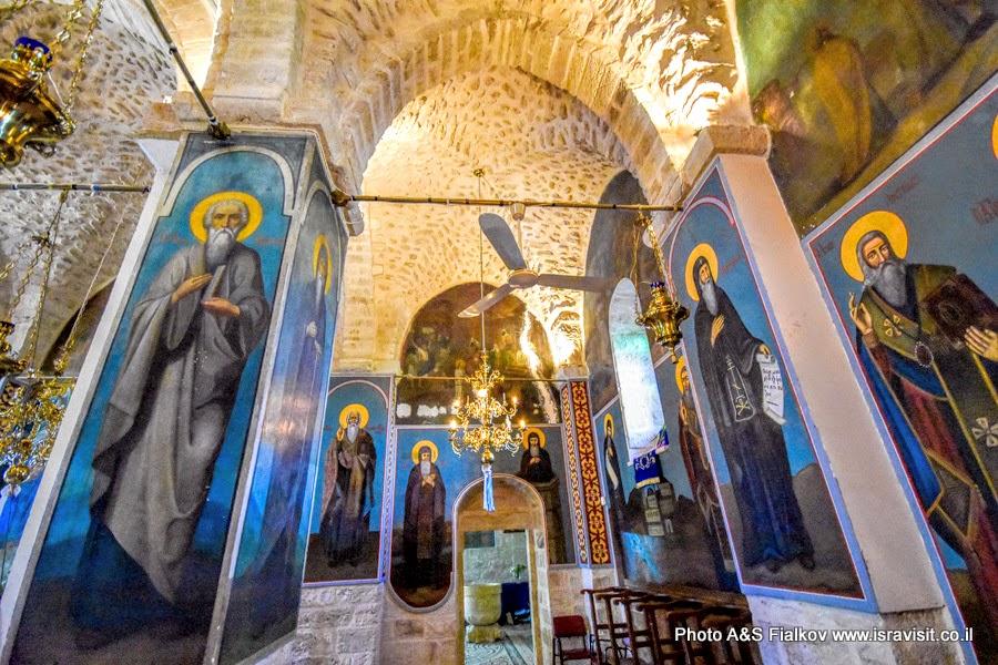 Верхний храм монастыря Герасима Иорданского в Иудейской пустыне.