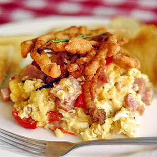 Roasted Red Pepper and Country Ham Scramble with Tempura Red Onion