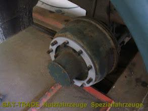 Photo: Mercedes 1017A 4x4 Allrad montage der Einzelbereifung HA mit 10er Zwischenscheibe