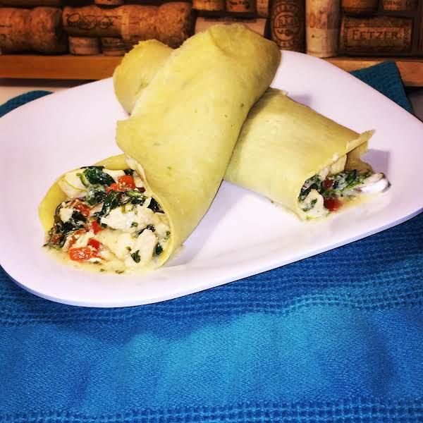 Creamy Chicken, Spinach & Mushroom Crepes Recipe