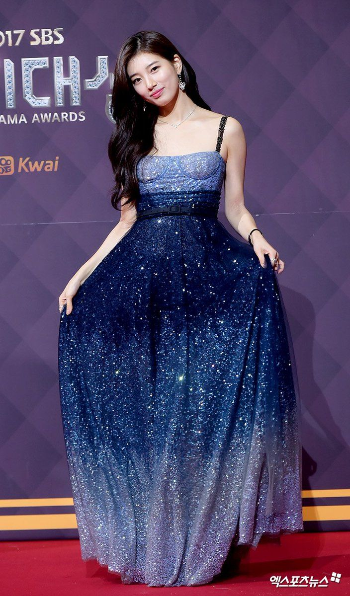 suzy gown 1