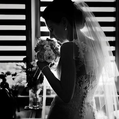 Wedding photographer Krystian Prochowski (KrystianProchow). Photo of 11.02.2017
