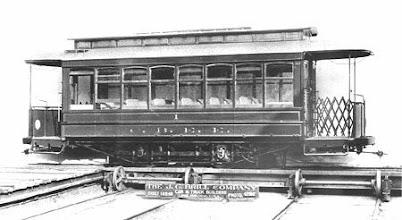 Photo: Bonde Filadélfia, produzido nos Estados Unidos. Foram esses que circularam em Petrópolis. Foto do início do século XX