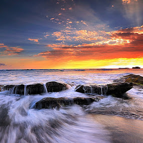FLOW N' ROL by Jasen Tan - Landscapes Waterscapes