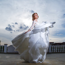 Wedding photographer Dulat Satybaldiev (dulatscom). Photo of 16.05.2017