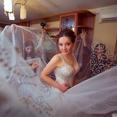 Wedding photographer Anna Logvinova (-Lo-). Photo of 27.12.2014