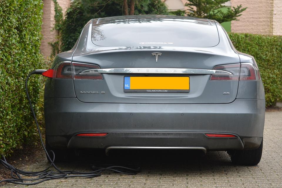 electric-car-513627_960_720.jpg