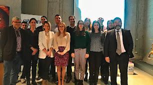 Profesores y resto de miembros del proyecto durante su lanzamiento.
