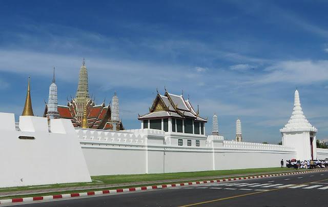 Bài số 9. Những ngày ở Pratunam - Bangkok