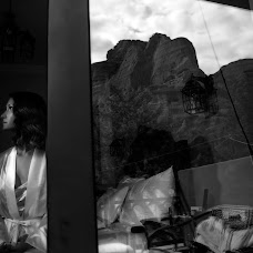 Wedding photographer Mariana Nicolaiescu (1000words). Photo of 03.10.2018