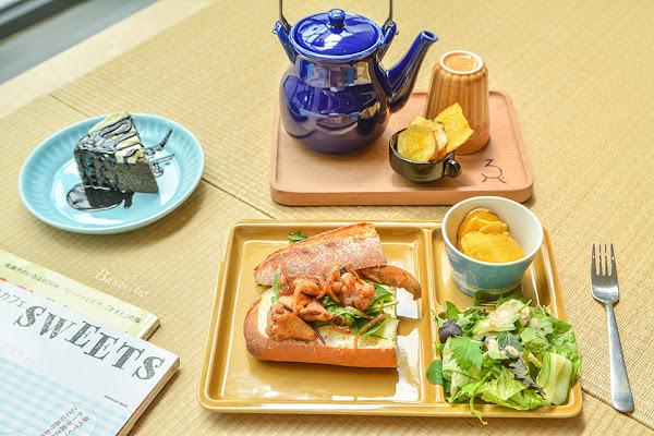 台北大安-小驢館 愜意日本味咖啡館的芝麻蛋糕與好吃三明治