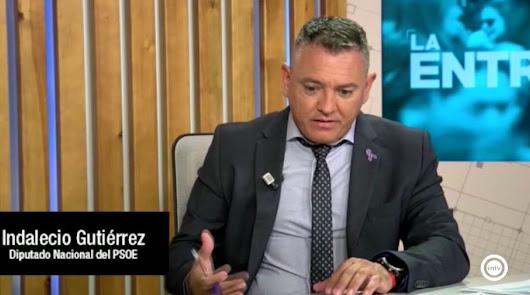 """Almería no tiene AVE todavía """"por los movimientos tectónicos"""""""