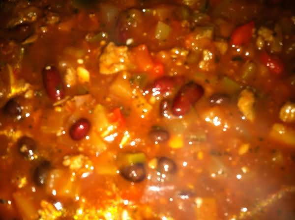 Eddie's Harty Three Meat Chili Recipe
