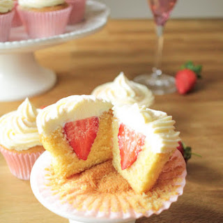 Strawberry and Vanilla Cupcakes with Prosecco Frosting Recipe