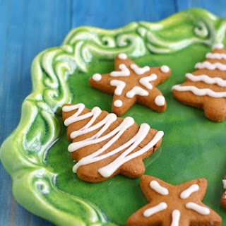 Gluten Free and Vegan Iced Gingerbread Cookies..
