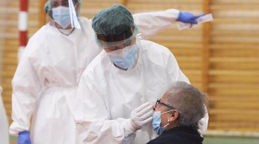 El brote asociado a un centro de trabajo de Pulpí se eleva a los cien contagios