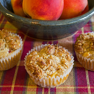 Peach and Oatmeal Muffins