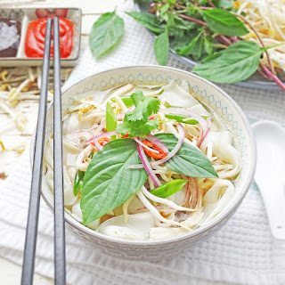 Vietnamese Chicken Soup with Rice Noodles – Pho Ga.