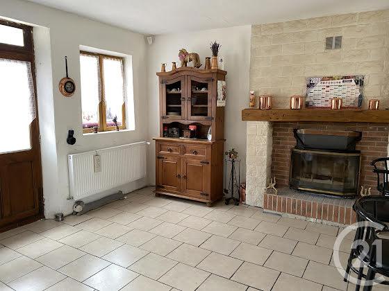 Vente maison 4 pièces 185 m2