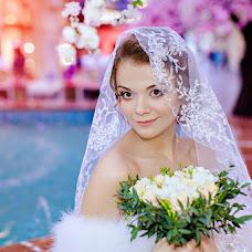 Wedding photographer Oksana Zazelenskaya (Deisy). Photo of 20.02.2014