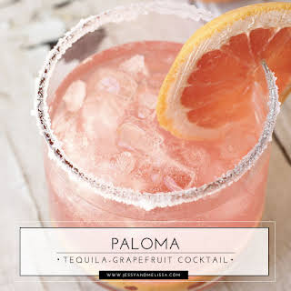 Paloma - Tequila-Grapefruit Cocktail.