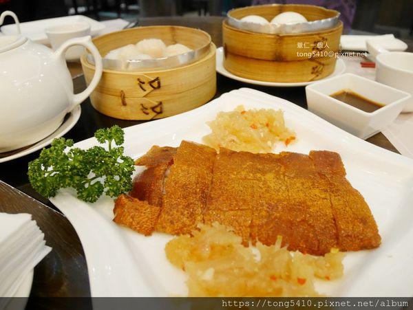 金悅軒粵菜餐廳。大菜港點通通有 價格偏中上。餐廳氣派奢華適合多人聚餐