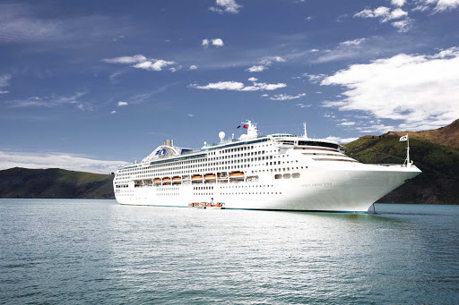 dawn-princess-in-akaroa-new-zealand.jpg - Dawn Princess in Akaroa, New Zealand.