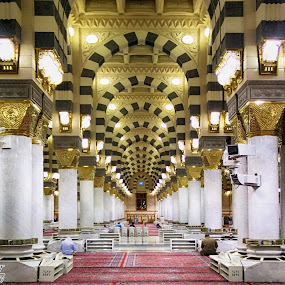 Path Of Jannah by Nazir Gohar - Buildings & Architecture Places of Worship ( muslim, prophet's mosque, medina, beautiful, muhammad, al-masjid an-nabawi, pillers, photography, nikon d90, saudi arabia )