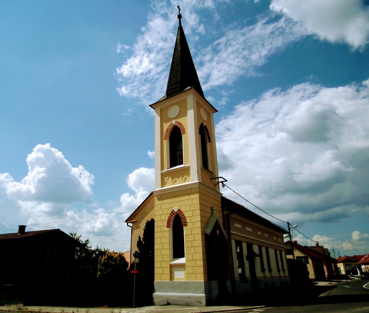 Martjanci (Mártonhely) - Martjanci (Mártonhely) - Škrabanova hiša z zvonikom (Škraban-ház, evangélikus harangtorony)