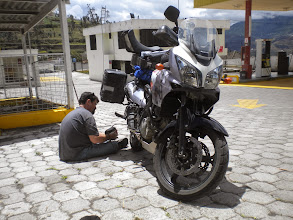 Photo: uh-oh.... I think the tire is loosing air. Nice of Freedom Bike Rentals to give us a battery operated air pump.