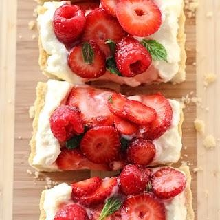 Berry Tart With Lemon Curd Mascarpone.