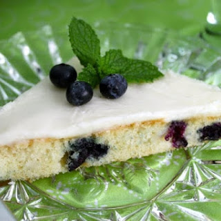 Fabulous White Chocolate and Blueberry Sheet Cake with White Chocolate Buttercream Icing Recipe