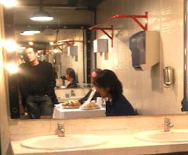 Photo: os três no espelho