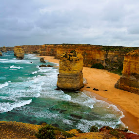 Approaching Rain by Ray Heath - Landscapes Waterscapes ( great ocean road, cliffs, approaching rain, australia, victoria, coast, the apostles,  )