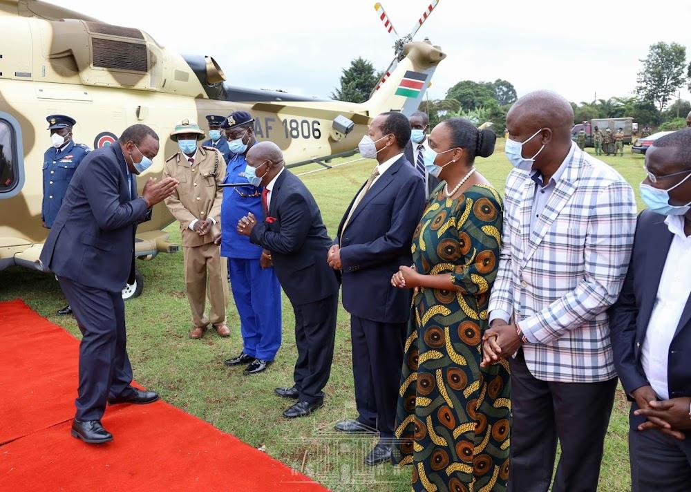 Uhuru in Nyeri, pledges Sh100 million for PCEA hospital