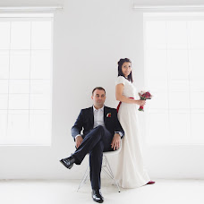 Wedding photographer Petr Kocherga (peterkocherga). Photo of 09.04.2016
