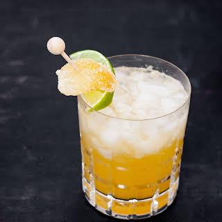Honey Ginger Rum Peach Cocktail.
