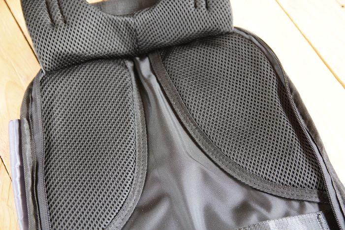 Pelapik pad bahu mengurangkan rasa lenguh bahu ketika membawa beban