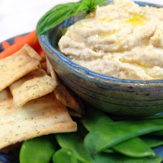 Fantastic Five Minute Hummus.