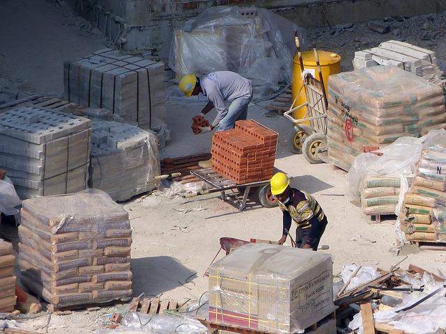 construction-257326_640.jpg