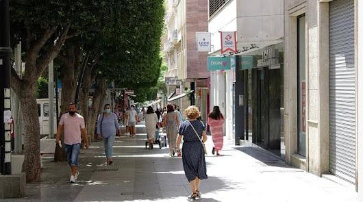 Almería suma dos nuevos fallecidos y 249 curados en 24 horas