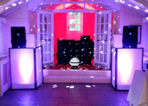 Party DJ Hire In Hertfordshire | Platinum Disco